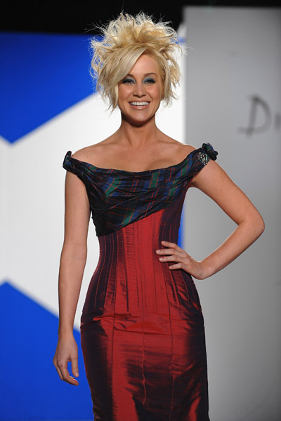 Out Amp About Kellie Pickler Is Dressed To Kilt In New