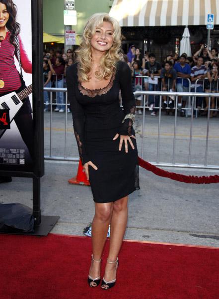 Vanessa Hudgens Steps Out After Nude Scandal At Bandslam