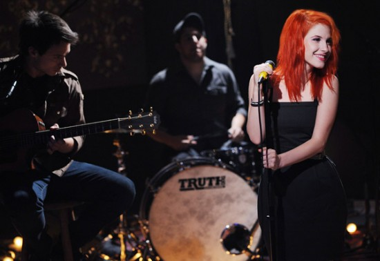 Paramore on set of MTV Unplugged - MTV.com
