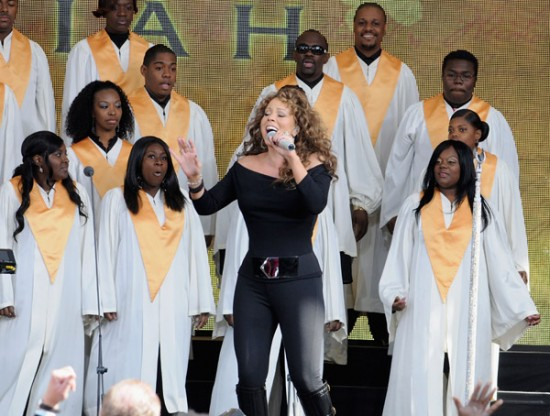 Mariah Carey performs on Oprah - Wireimage