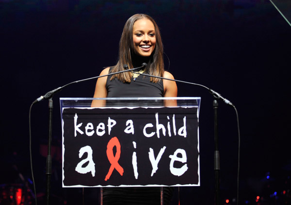 Alicia Keys speaks at the 6th annual Keep A Child Alive Black Ball - Kevin Mazur/Wireimage