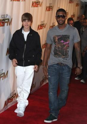 Adam Lambert Justin Bieber Kelly Rowland And More Walk