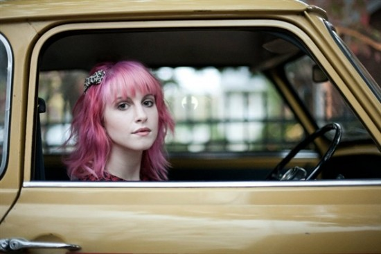 hayley williams hair 2010. Hayley Williams is so pretty