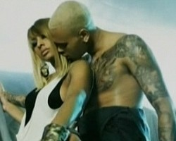 """Keri Hilson and Chris Brown in """"One Night Stand"""""""