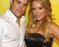 Mike Comrie and Hilary Duff - Wireimage