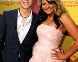 Scotty McCreery and Lauren Alaina - Wireimage
