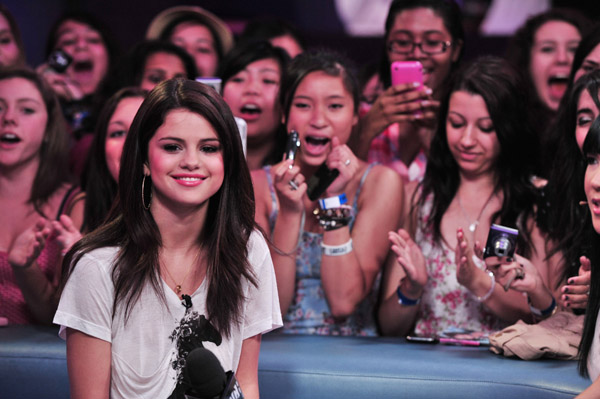 Is Selena Gomez Becoming a Rapper? photo 1