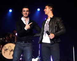 Kevin Jonas and Joe Jonas - Wireimage