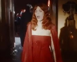 "Florence + The Machine in ""Shake It Out"""
