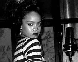 Rihanna - Facebook