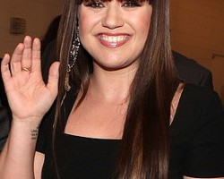 Kelly Clarkson - Getty