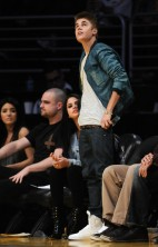 Justin and Selena Lakers 3