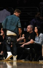 Justin and Selena Lakers 4