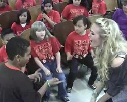 Carrie Underwood and PS22 chorus