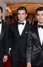 Jonas Brothers Met Gala