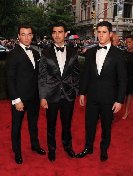 Beyonce Jonas Brothers Jonas Brothers Met Gala 2