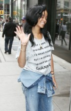Rihanna No Makeup 7