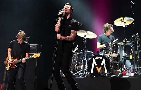 Maroon 5 Announce 2013 North American Tour Dates With Owl City And