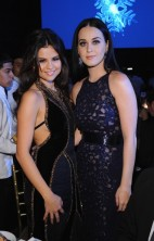 Katy Perry Selena Gomez Unicef SnowFlake Ball 2012 2
