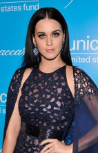Katy Perry Unicef SnowFlake Ball 2012