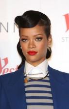 Rihanna Westfield 4