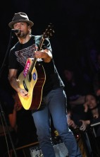 Jason Mraz Z100 Jingle Ball 1