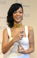 Rihanna Nude 11