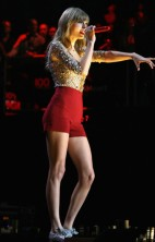Taylor Swift Z100 Jingle Ball 2