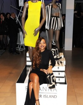 Rihanna River Island Launch 4