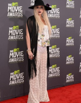 Kesha MTV Movie Awards 1