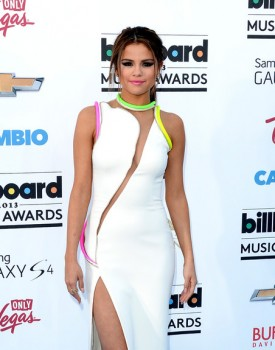 Selena Gomez BBMA 1