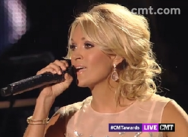 carrie underwood cmt awards 2013